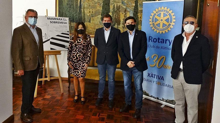 El Rotary Club de Xàtiva entrega cien mamparas anti-coronavirus