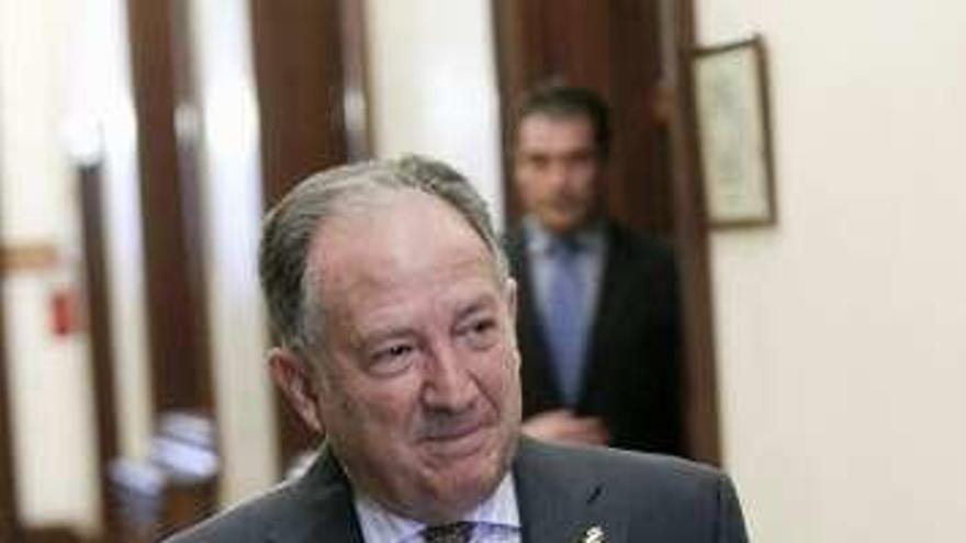 El director del CNI solicita comparecer en el Congreso por el imán de Ripoll