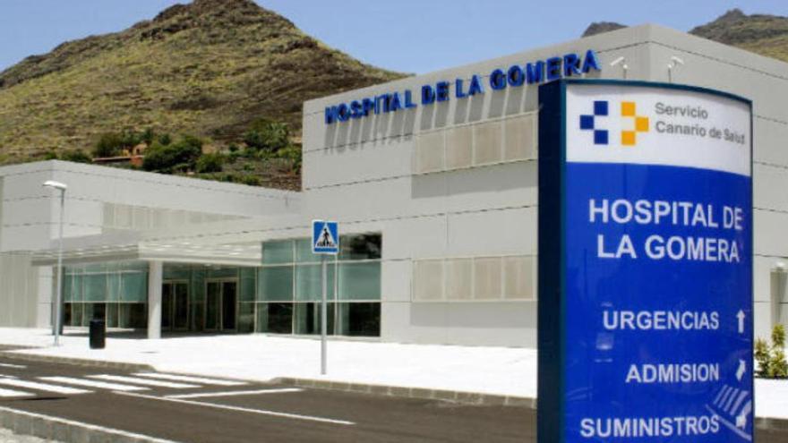 Herido grave al salirse de la carretera un turismo en La Gomera