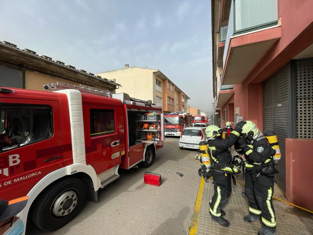 Incendio en un aparcamiento subterráneo en sa Pobla