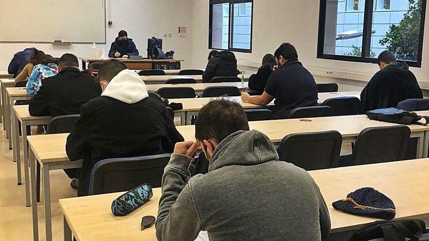 La UMU comienza sus exámenes con más vigilancia y escasas incidencias