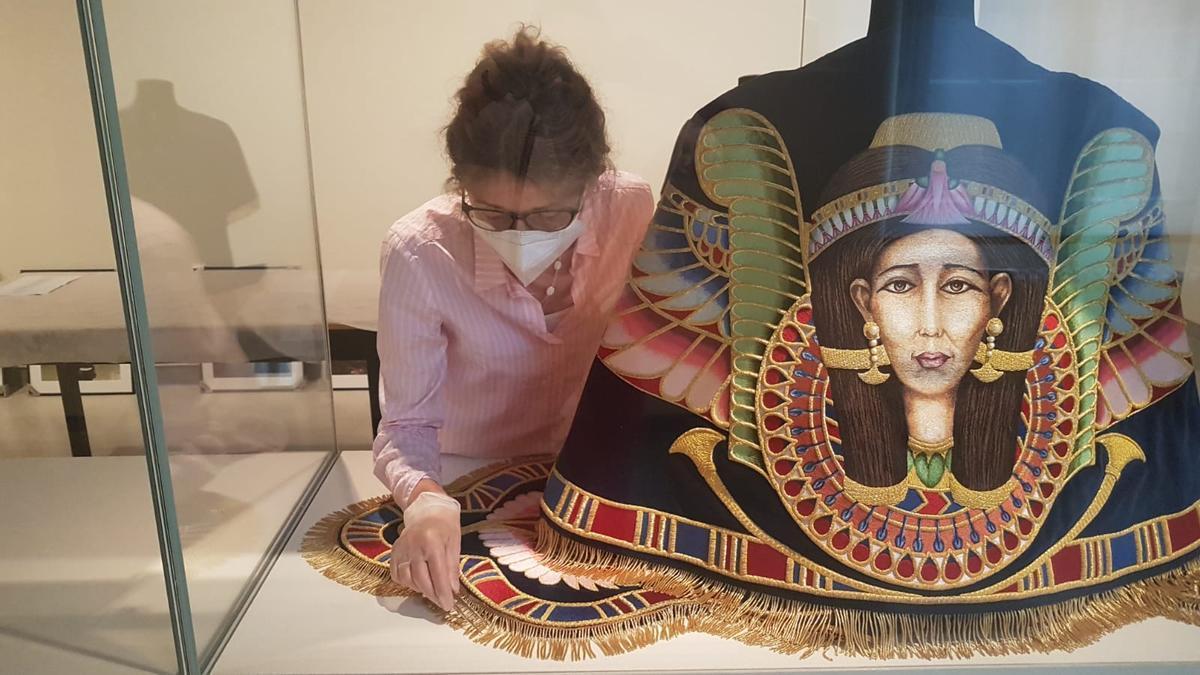 Capeta de la diosa Hathor, en Berlín