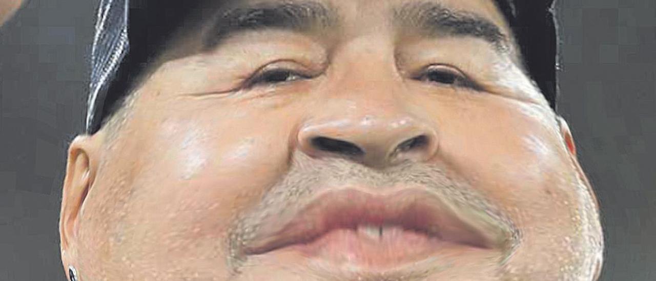 Entrevista virtual | Diego Maradona: «¿Jugué en el Barcelona?»