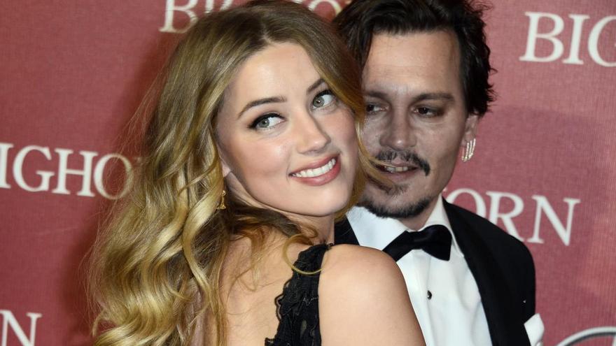 Johnny Depp se divorció de Amber Heard después de encontrar excrementos en su cama