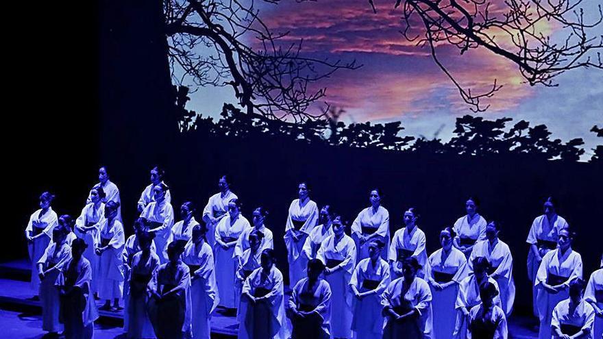 """Kodama"" lleva la música coral al Jovellanos"