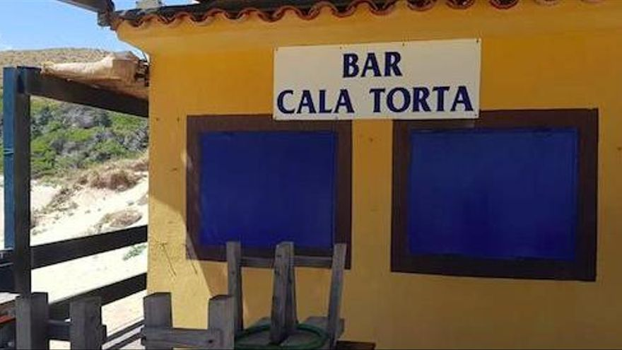 Die Strandbar an der Cala Torta ist nun endgültig weg