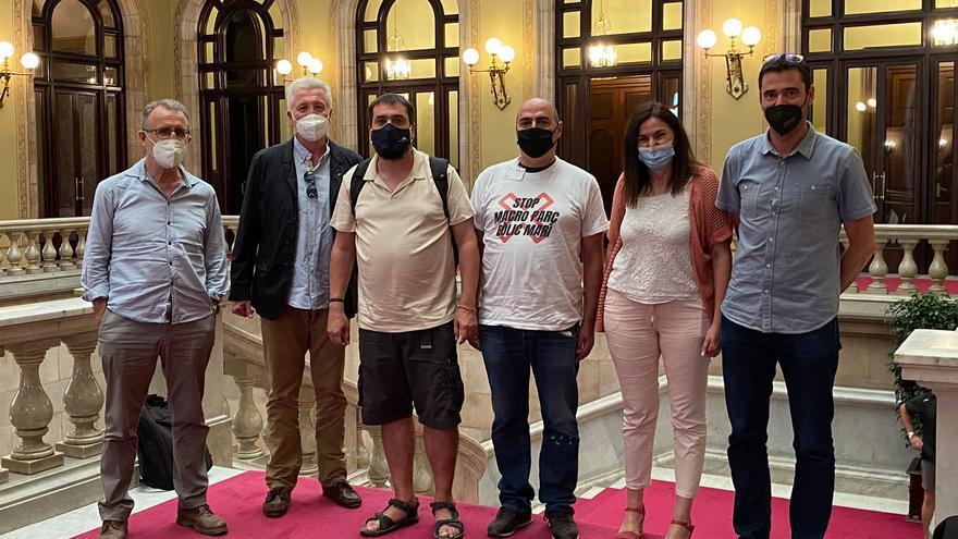 Stop al macroparc eòlic marí de la Costa Brava Nord porta al Parlament la seva negativa al projecte