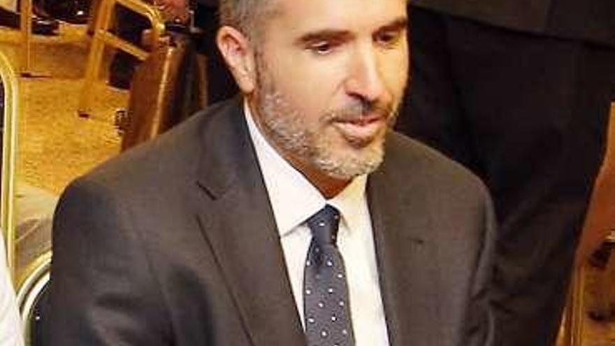 """El equipo que """"salvó"""" Pescanova analiza la compra de iDental para el fondo Cerberus"""