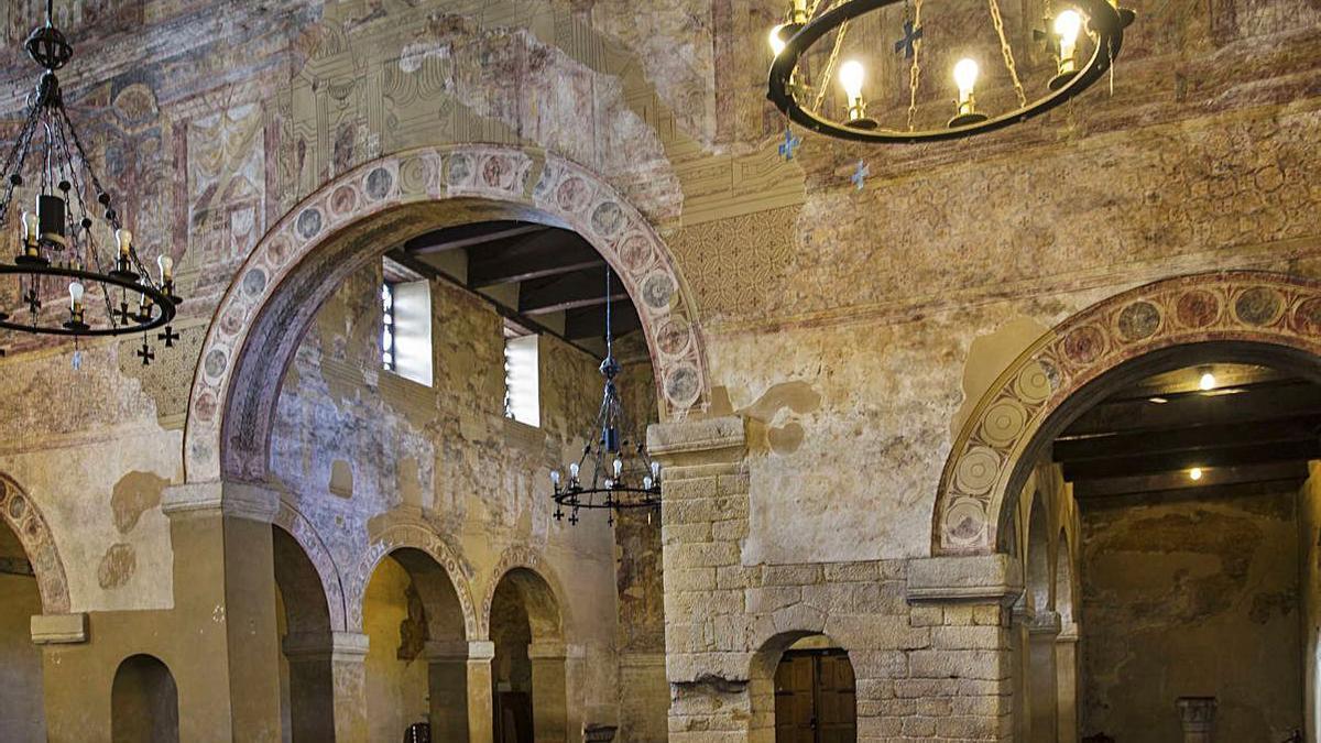 El hastial del transepto de Santullano.
