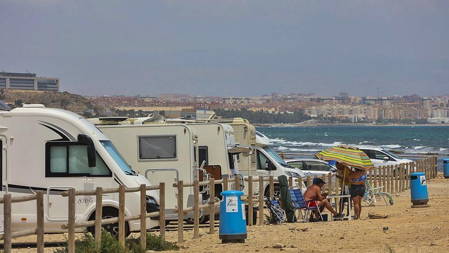 El alquiler de autocaravanas ronda el 100% por la demanda de viajeros de 25 a 40 años en Alicante