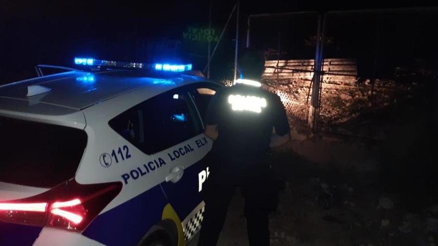 La Policía Local frena el robo de una explotación ganadera del Camp d'Elx