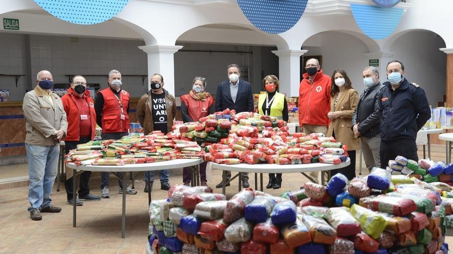 El Ayuntamiento de Torremolinos reparte 20 toneladas de alimentos entre 600 familias