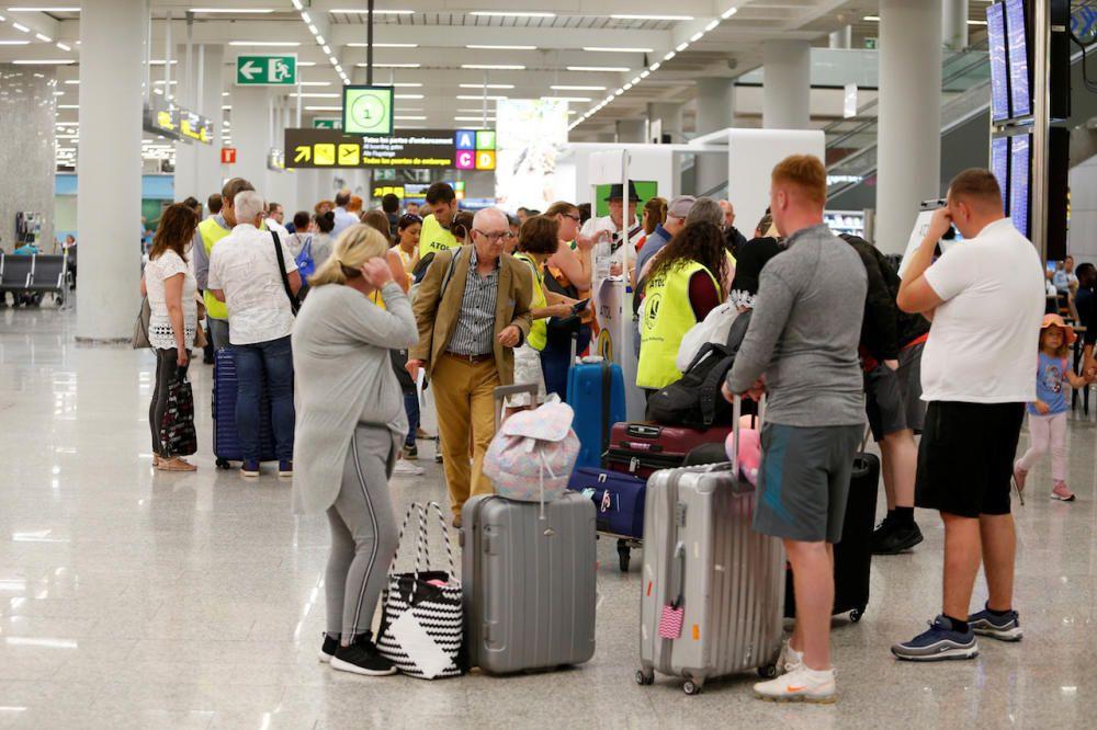 Afectados por el colapso de Thomas Cook en el aeropuerto de Mallorca