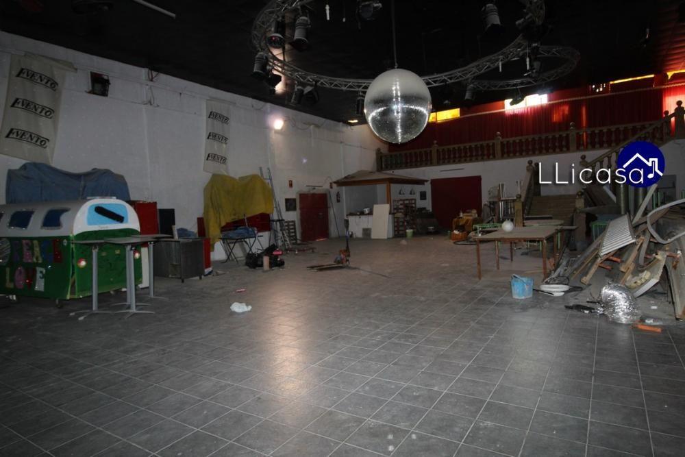 Sale a la venta la discoteca Evento, icono de la ruta del Bakalao