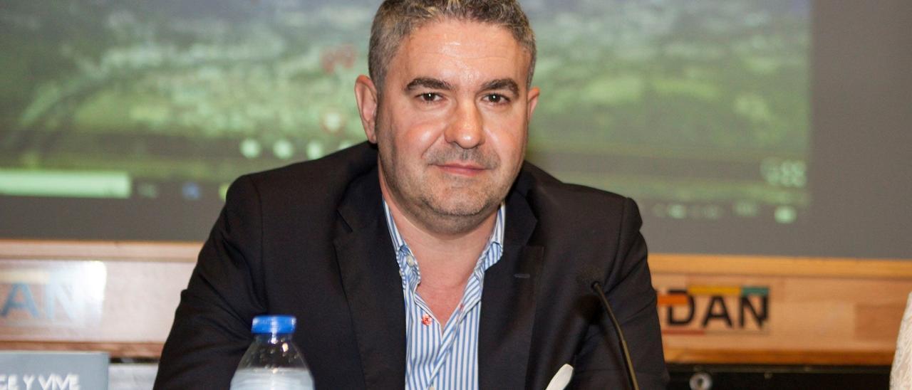 Luis Benito García.
