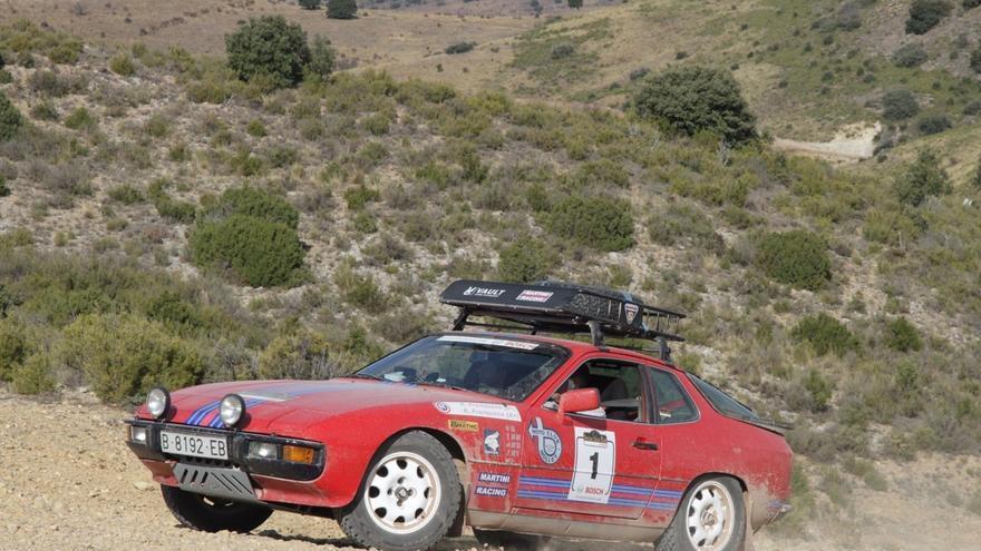 Un total de 120 coches clásicos llegarán a Huesca este domingo en el marco de la II Iberian Classic Raid