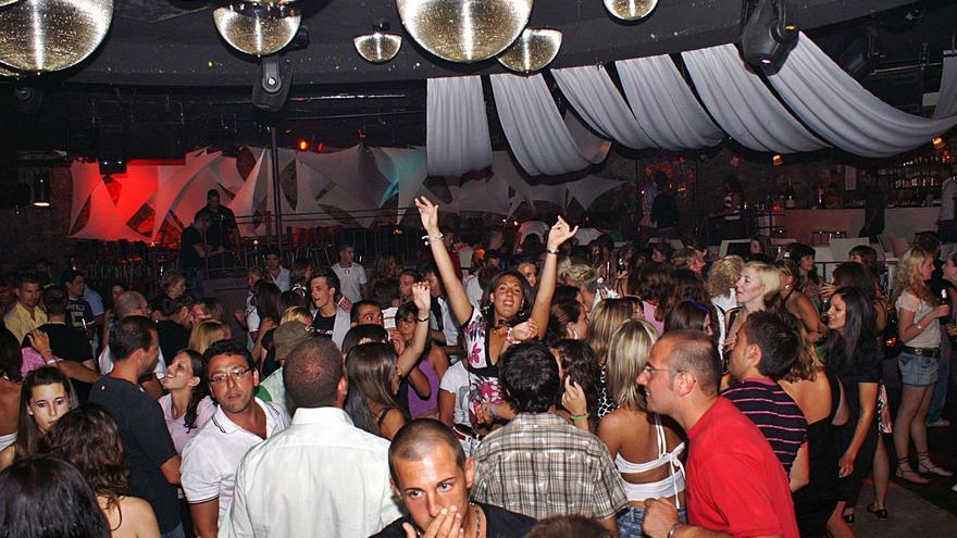 El Govern mantiene las discotecas cerradas durante el mes de julio