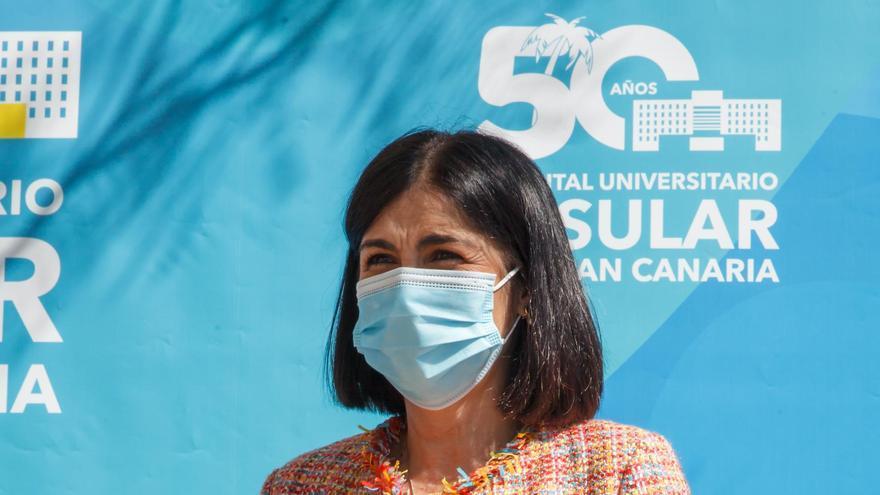 """Darias: """"Los vacunados con AstraZeneca podrán recibir una segunda dosis de otra marca"""""""
