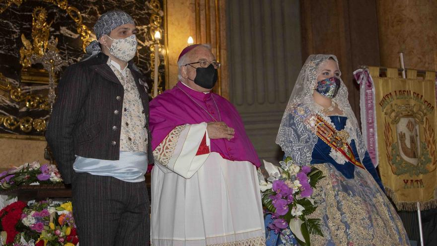 Ofrenda a la Mare de Déu de la Seu de Xàtiva