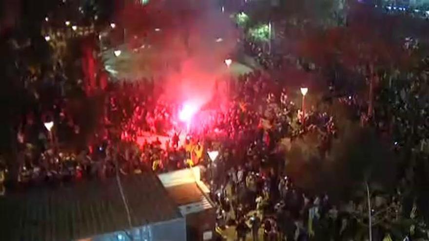 Tensión en las protestas de Tsunami Democràtic antes del Clásico