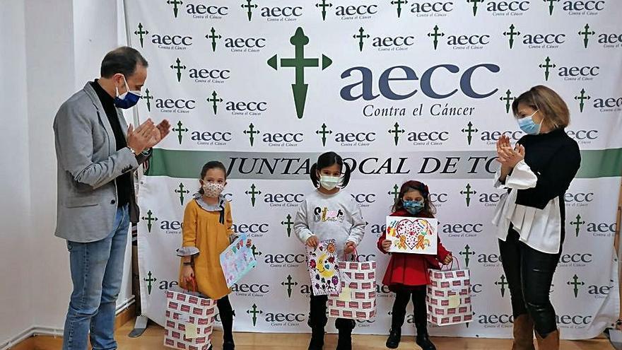 La AECC de Toro entrega los premios de su concurso de dibujo sobre cáncer infantil