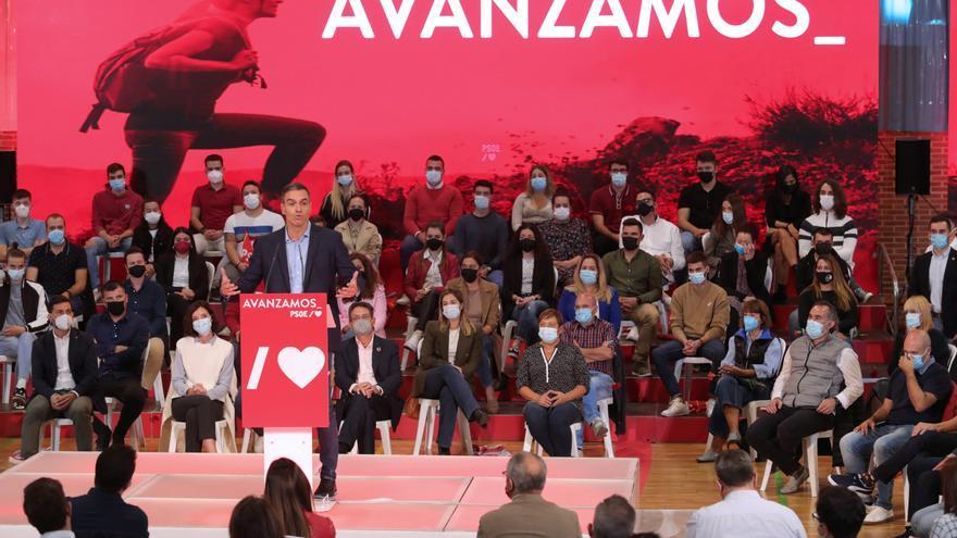 Sánchez reabre el debate de la descentralización territorial de las instituciones públicas