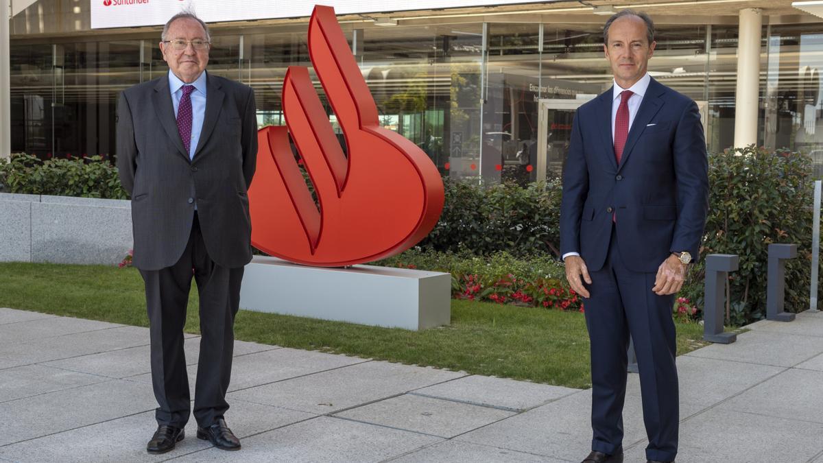 El presidente de la Cámara de Comercio de España, José Luis Bonet, y el CEO de Sanrtander España, Rami Aboukhair