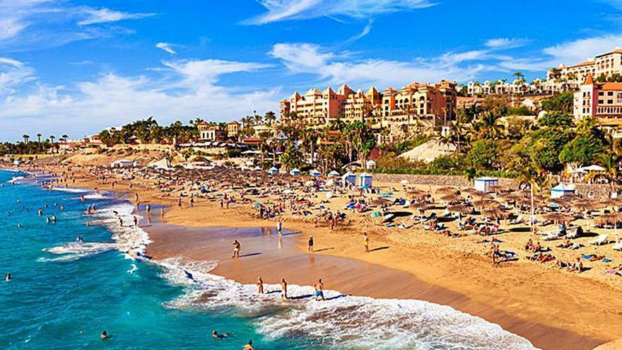 Canarias «presume» de 64 banderas azules, ocho más que en 2020