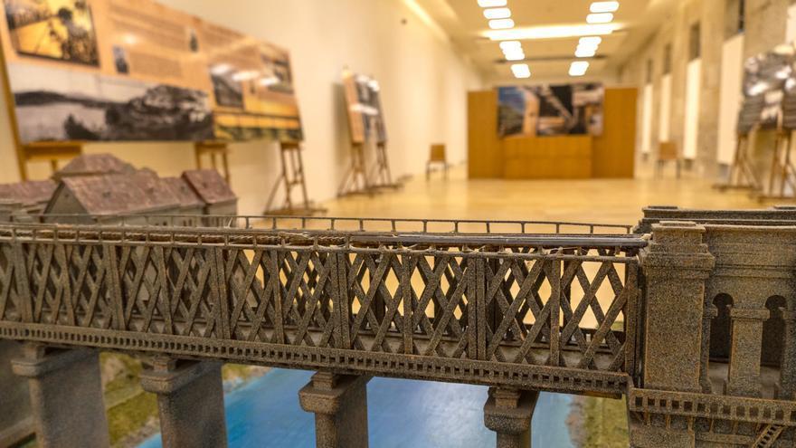 Exposición conmemorativa do 135 aniversario da vella ponte internacional Tui-Valença