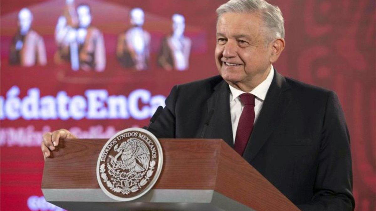 """López Obrador: """"Ya se advierte de que vamos a salir del túnel en el que entramos"""""""
