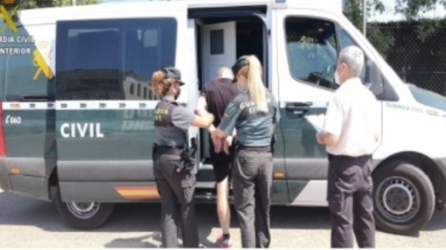 Detienen a tres personas por intentar meter droga en una cárcel de Valencia