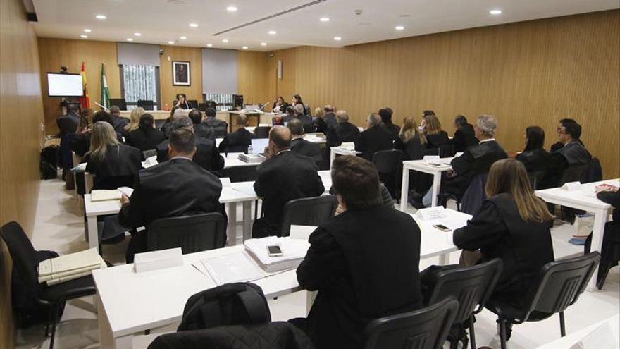 Un acusado del 'caso Fénix': «Tras 14 años sigues llorando»