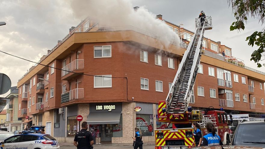Sofocado un incendio en un ático de la calle Almaraz de Zamora