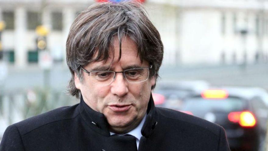 Puigdemont anuncia des de París que denunciarà l'estat espanyol per espionatge polític