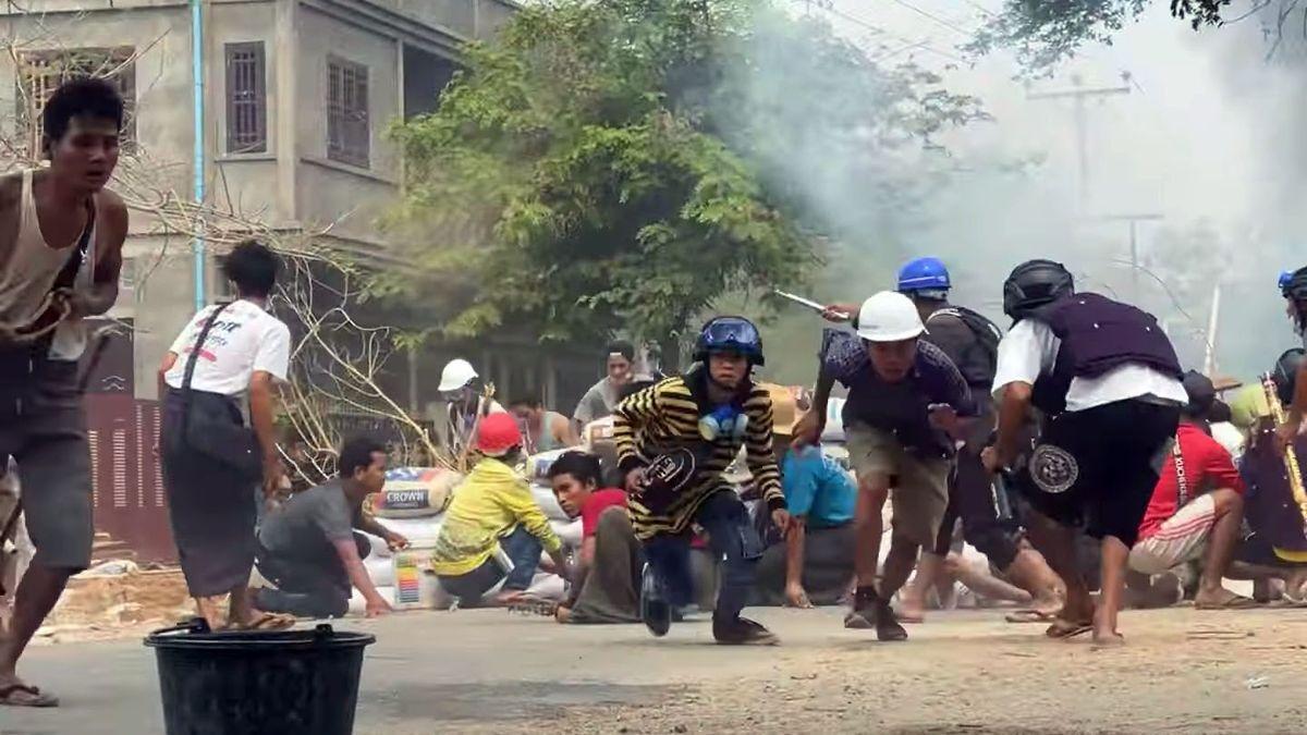Birmania suma 250 muertos desde el inicio de las protestas