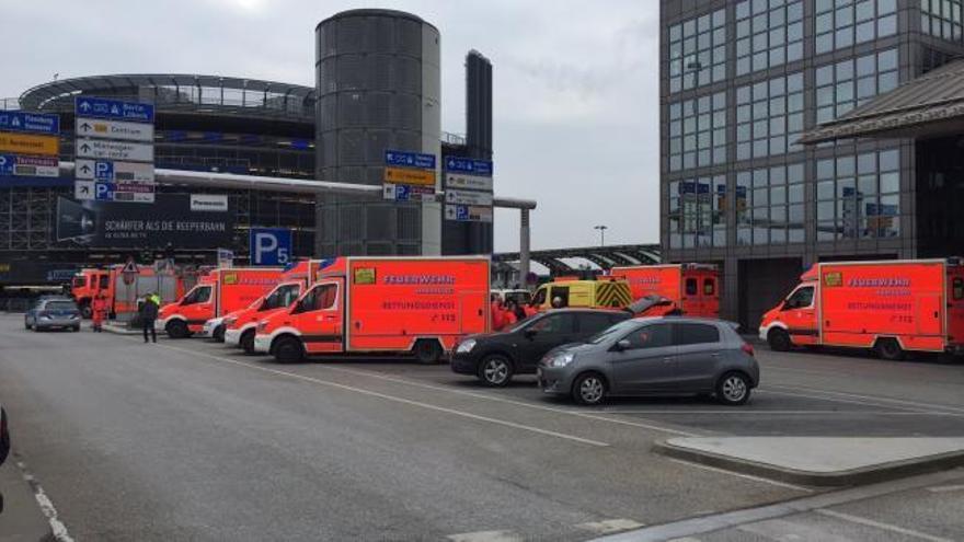 Un espray de pimienta, posible causa de la evacuación del aeropuerto de Hamburgo