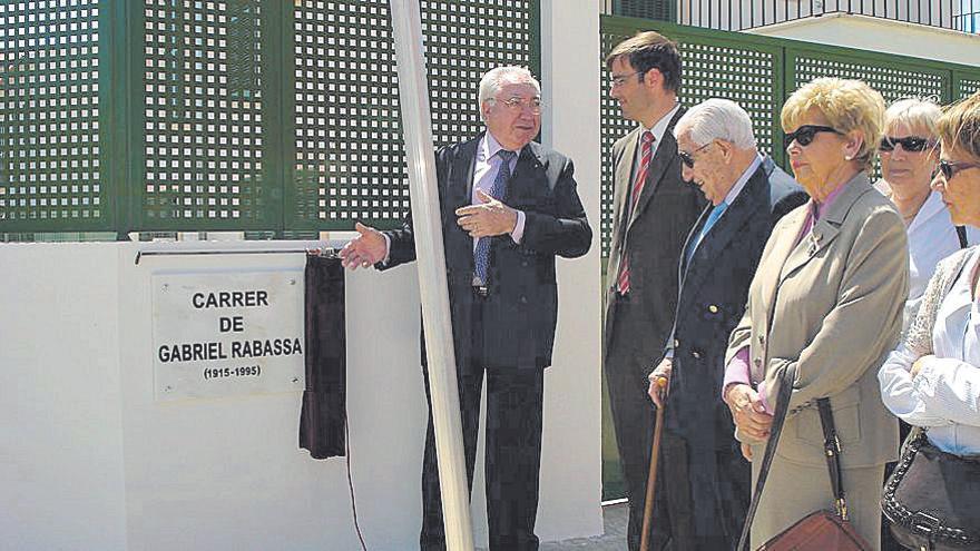 El alcalde de Palma dijo en 2009 que «había motivos de sobra» para dedicar una calle a Gabriel Rabassa
