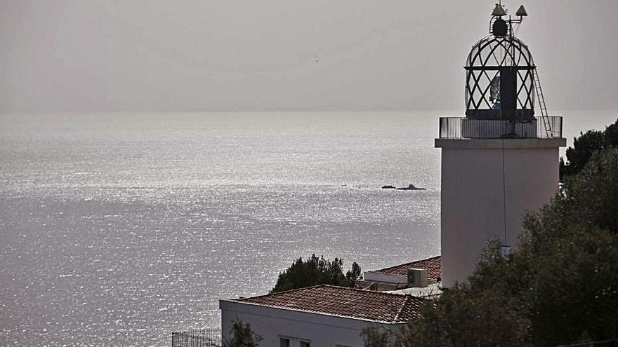 Palafrugell restringeix a partir del juny l'accés rodat al far de Sant Sebastià