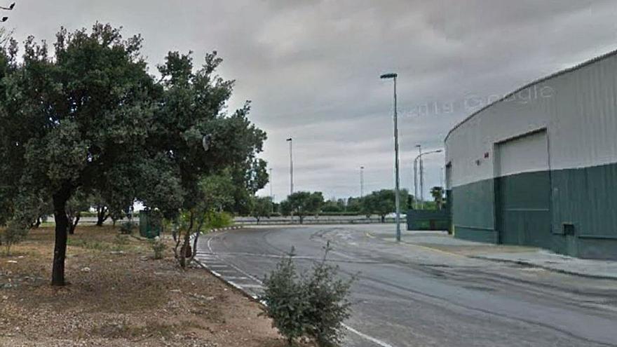 Cuatro encapuchados secuestran y agreden a un empresario en Massanassa