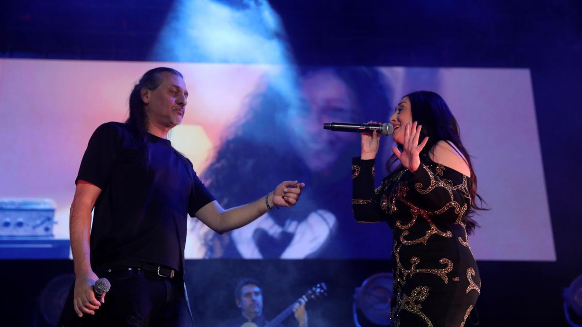 El dúo Camela durante un concierto de su última gira.