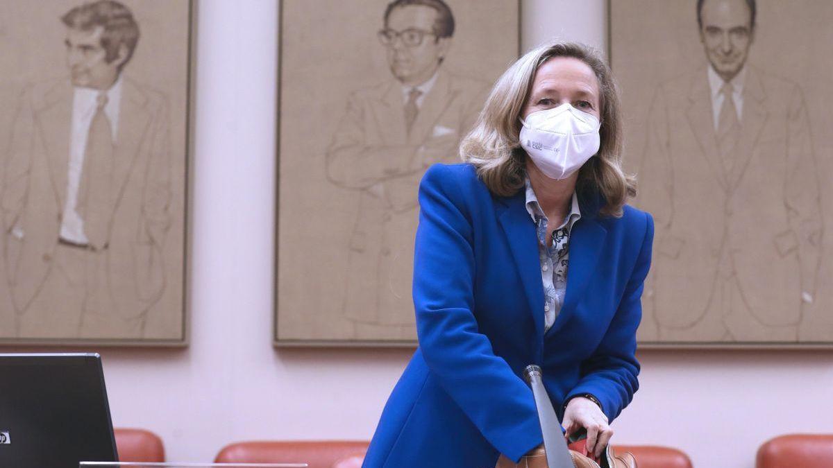 Calviño insta a las autonomías a dar ayudas a las pymes por 2.000 millones