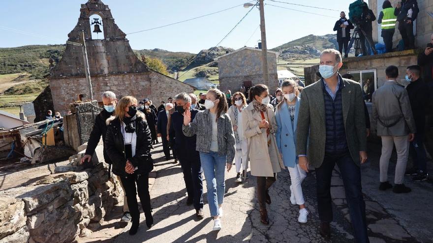 Así fue la visita de la Familia Real a Santa María del Puerto