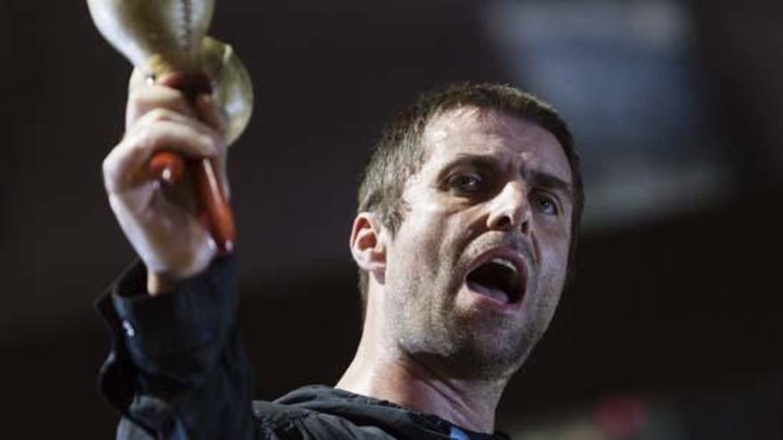 """Liam Gallagher """"perdona"""" a su hermano Noel para volver a formar Oasis"""