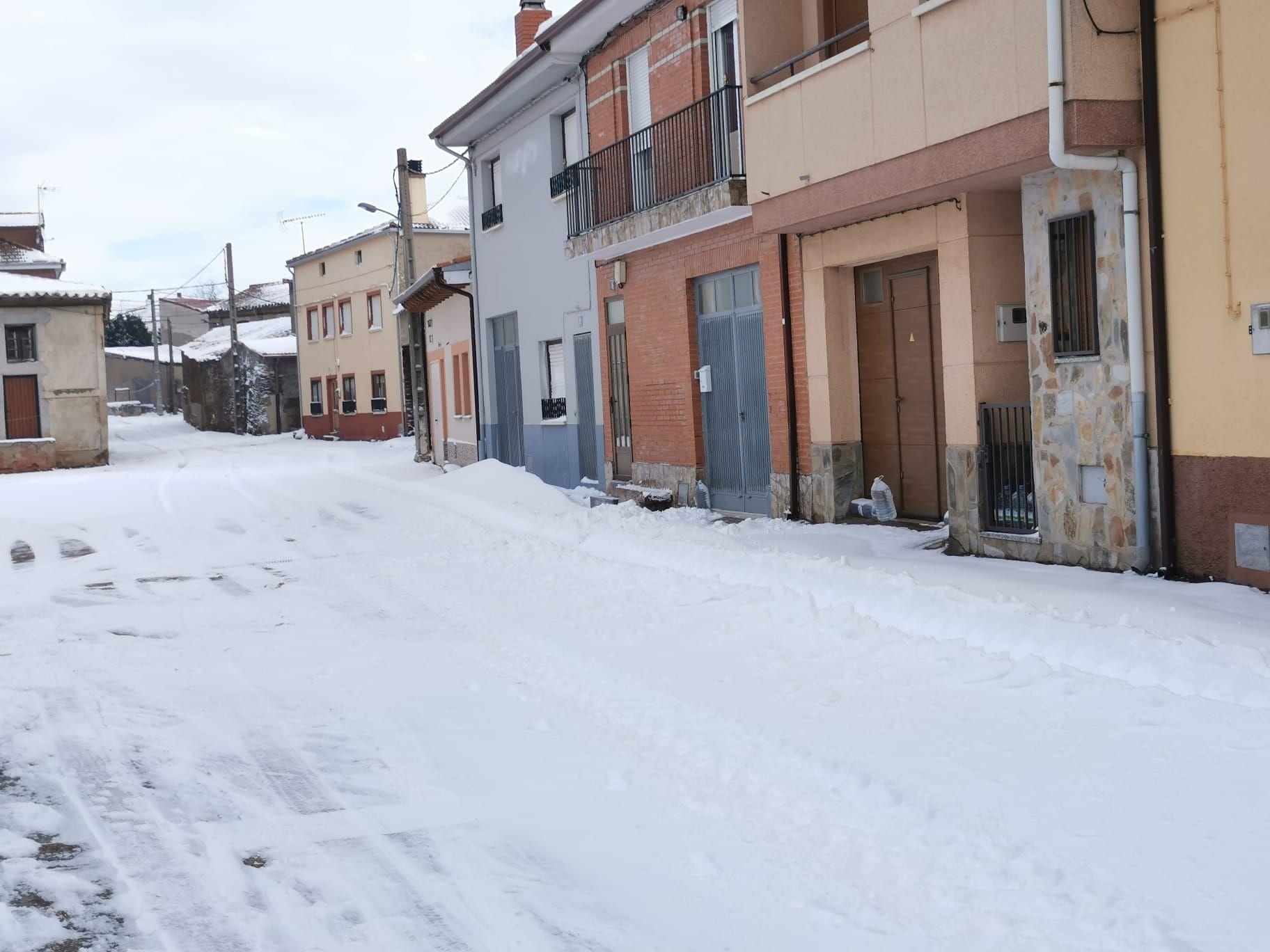 GALERÍA | Carbajales, cubierto por la nieve del temporal Filomena