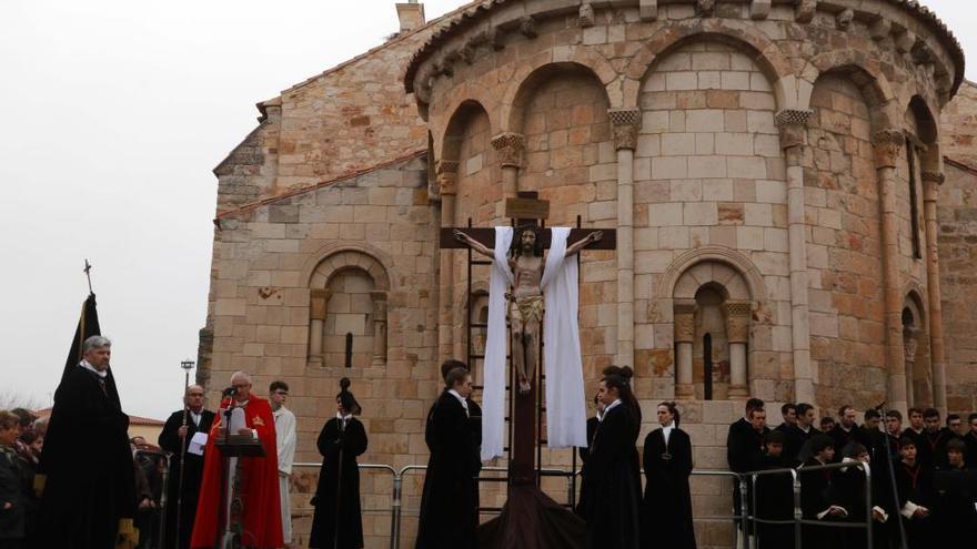 El Santo Entierro de Zamora aplaza la elección de presidente, prevista para el sábado