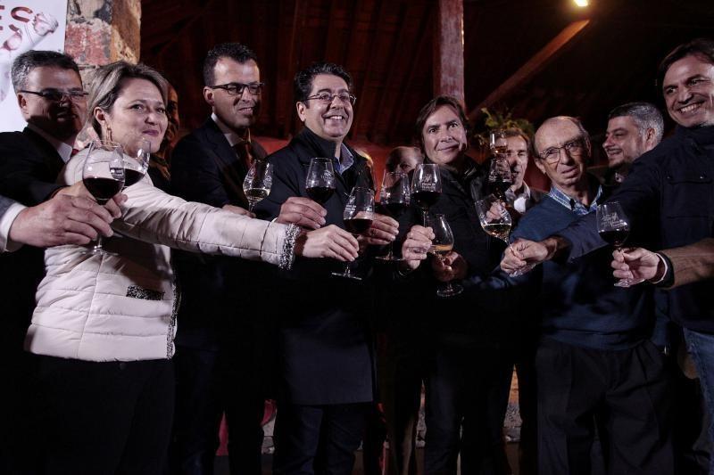 Descorche del vino en Tenerife