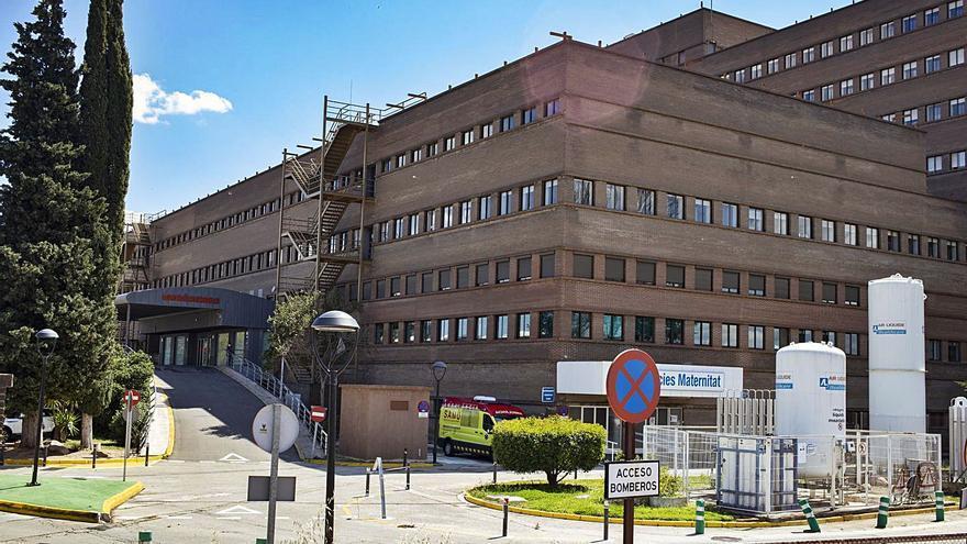 Los casos de coronavirus  en las tres comarcas caen un 15 % en un fin de semana