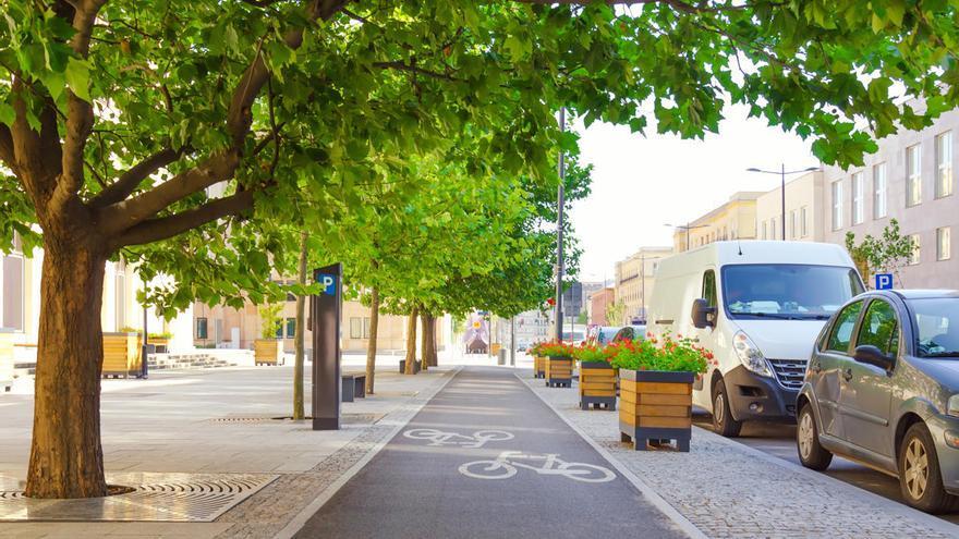 "Greenpeace convierte espacios ocupados por coches en lugares ""verdes"""