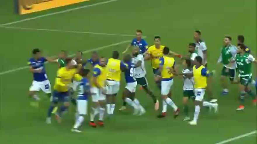 Terrible batalla campal en la Copa de Brasil