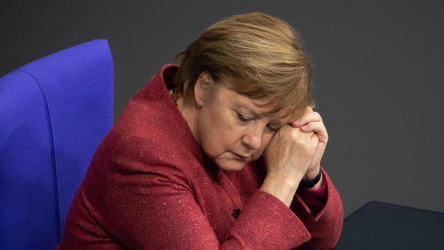Merkel se emociona al alertar sobre los riesgos de contagio en Navidad
